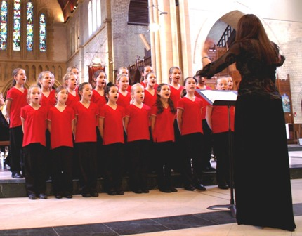 Review: 'Cathedral Artistry' with Waratah Girl's Choir